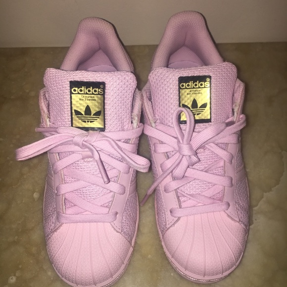 NWT Rare Pink Adidas Superstar with Gold Accents 17ff25ac8923